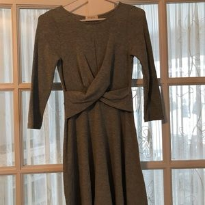 Small casual gray everly dress